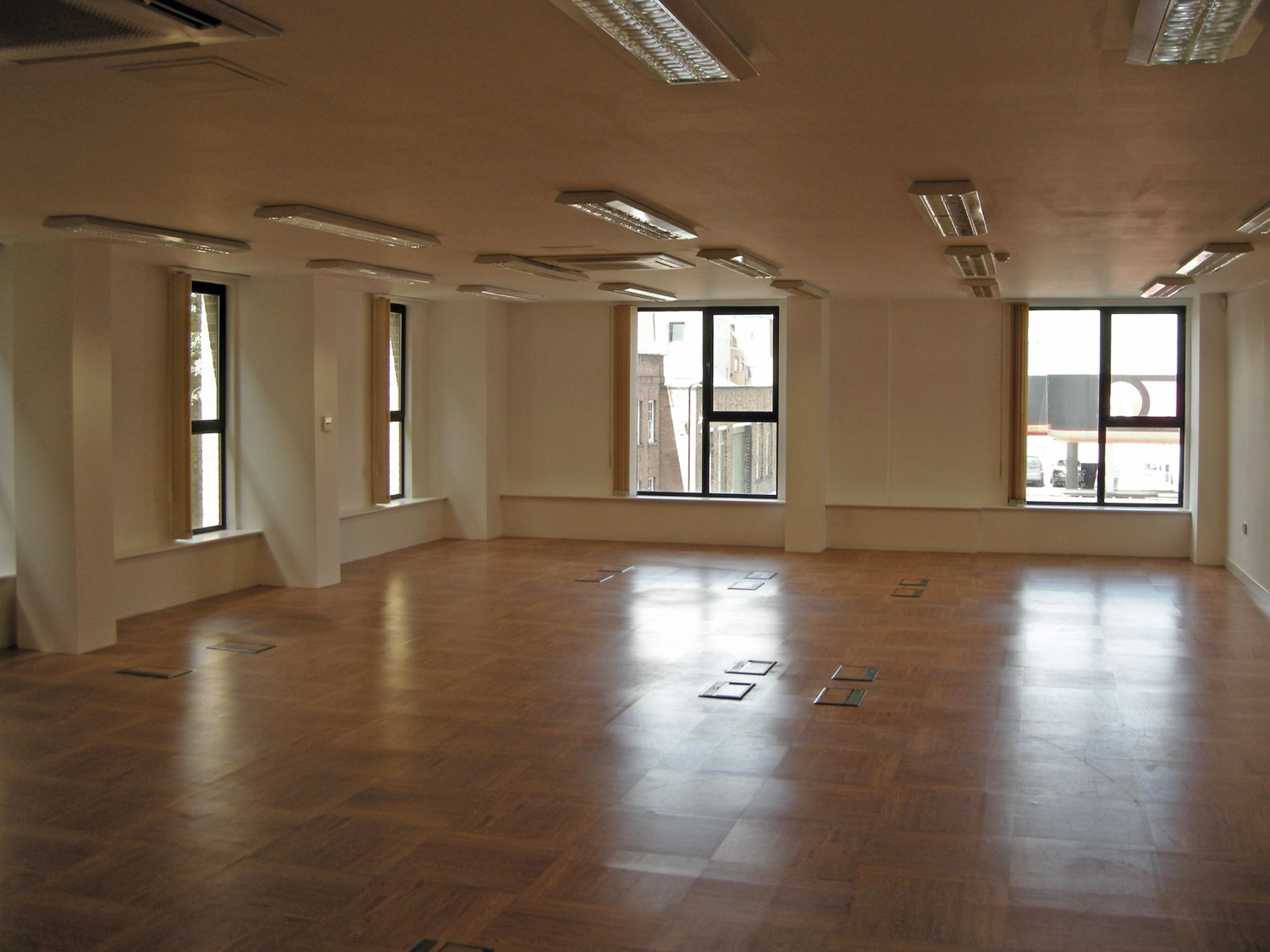 176 179 Shoreditch High Street First Floor Rear Office Internal1 Dominion