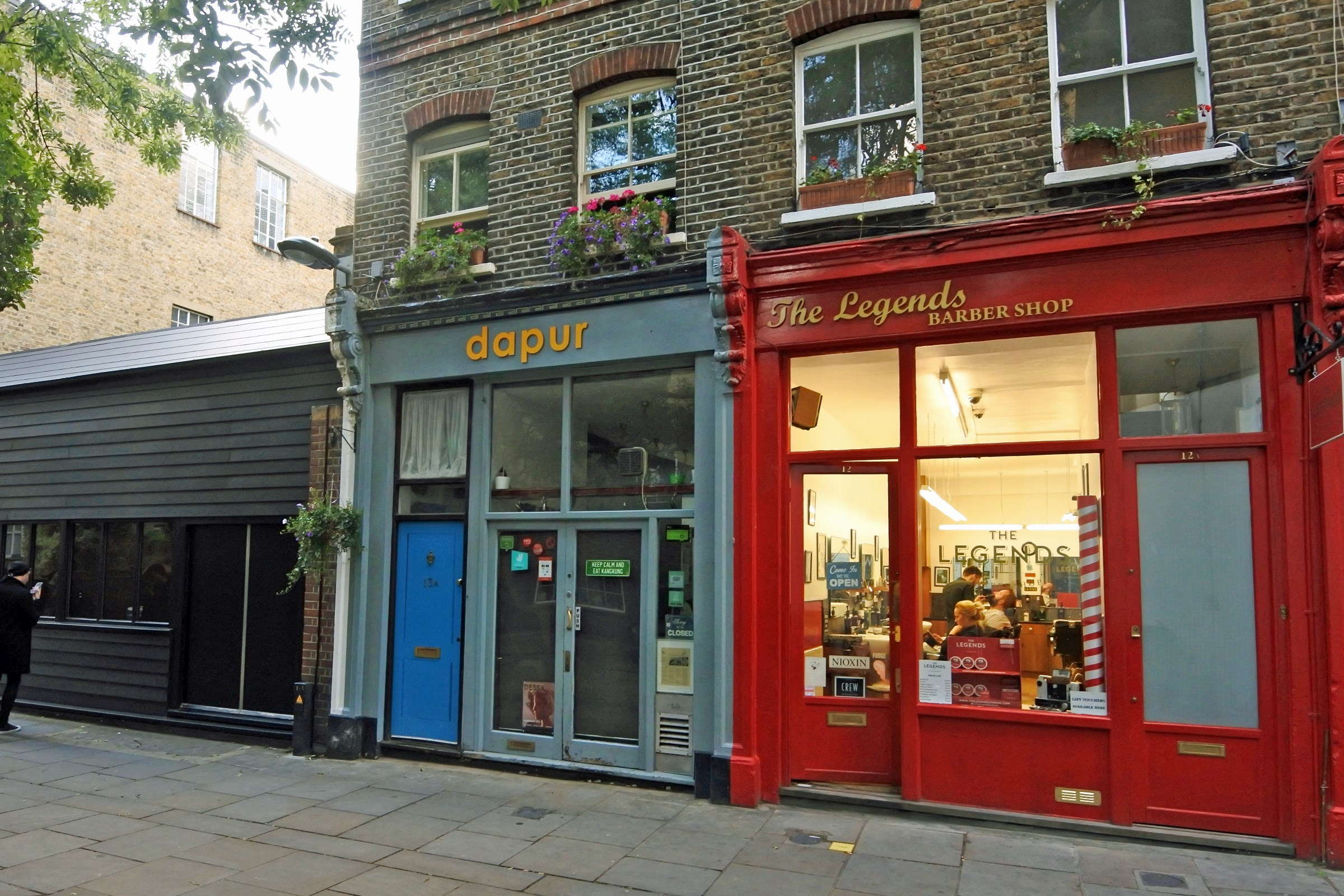 13 Lambs Conduit Street WC1R 4RH Holborn Cafe For Rent External3