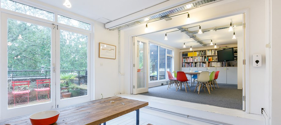6 Hoxton Square Third Floor N1 6NU Shoreditch Office Internal3